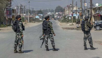Photo of India to move some migrant workers in occupied Kashmir to army camps after killings